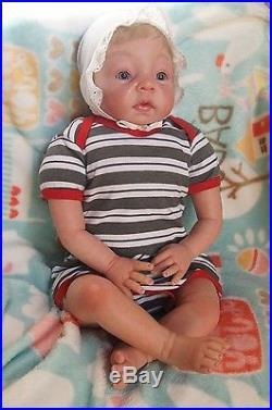 22 Lifelike Reborn Doll girl Vinyl Selicone Handmade Baby w Pacifier