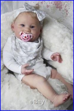 Reborn Baby Doll Juliana von Ping Lau aus bester Künstlerhand mit Bauchplatte