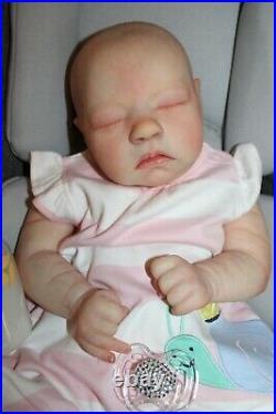 Reborn alma bountiful baby(19,4lbs, full limbs)