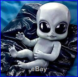 Roswell Alien Grey Doll'Greyson' by Kosart Studios for Ashton-Drake